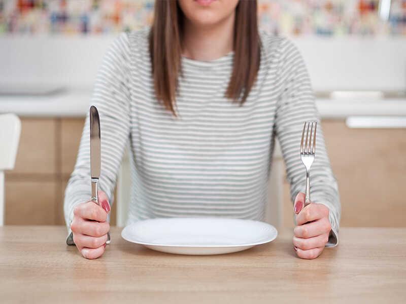 Cảm giác thèm cân bị giảm bớt khi thực hiện chế độ Keto